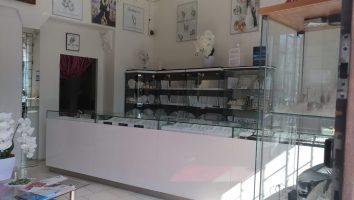 Ráj snubních prstenů interiér prodejny foto 2